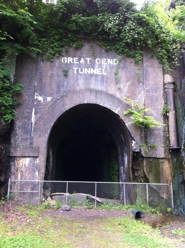 tunnel 2 - Copy